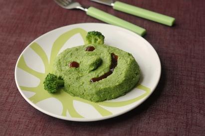 purée-de-brocoli-verte-pour-les-enfants-shrek.jpg