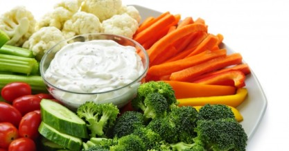 broccoli_carrots_coaliflower_cabbage_cucumber_healthy_salad_dressing_0